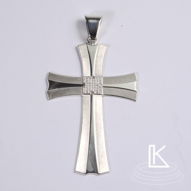 masivní kříž vyrobený podle představ zákazníka
