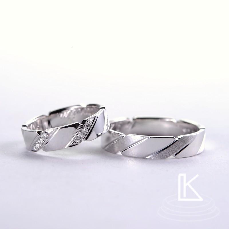 Snubní prsteny podle přání zákazníků