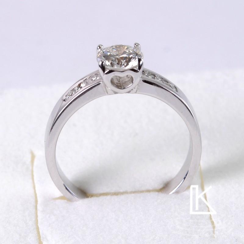 Zásnubní prsteny - motiv srdce