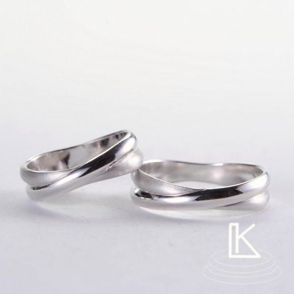 Wedding ring 14