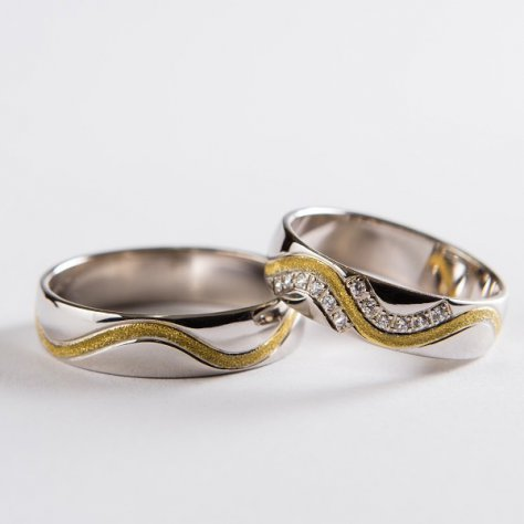 Wedding ring 18