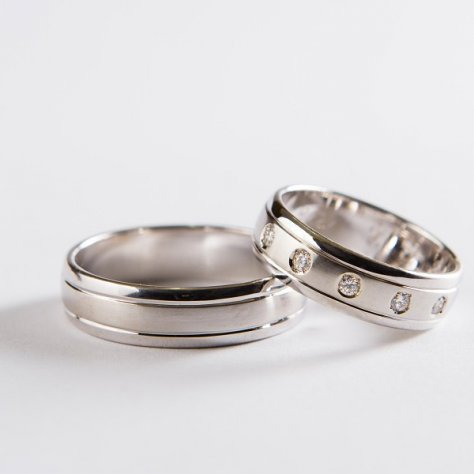 Wedding ring 57