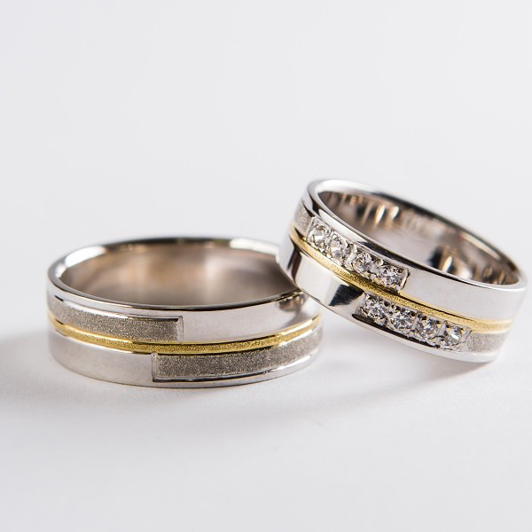 Wedding ring 43