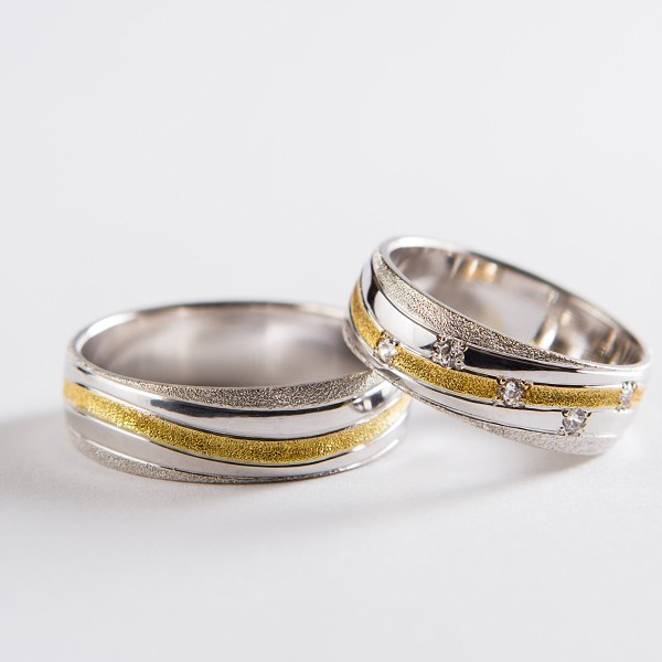 Wedding ring 48